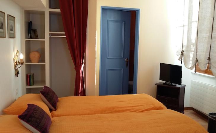_ticino _Feel1 casa gialla